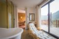 Full Mountain View King Suite-108 Zen - China Hotels Villas Information