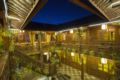 Lijiang Flower and Horse Hotel - China Hotels Villas Information