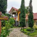 3BR Villa with view of Mt. Arjuna & Mt. Panderman. - Indonesia Hotels Villas Information