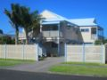 Pipi Dune Bed & Breakfast - New Zealand Hotels Villas Information