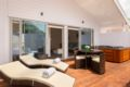 The Heads Omapere - New Zealand Hotels Villas Information