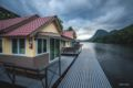 Naphatphorn Resort - Thailand Hotels Villas Information